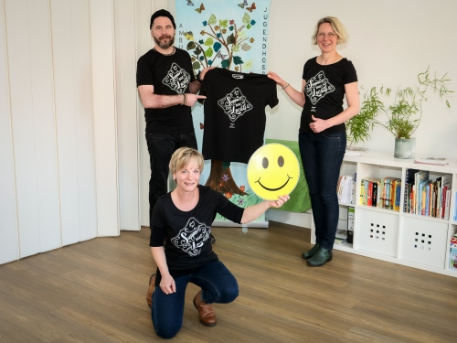 Das Modelabel RODERBRUCH unterstützt den Deutschen Kinderhospizverein e.V. in Hannover mit seinem T-Shirt Motto SUPPORT OUR LOCAL © Bernd Günther